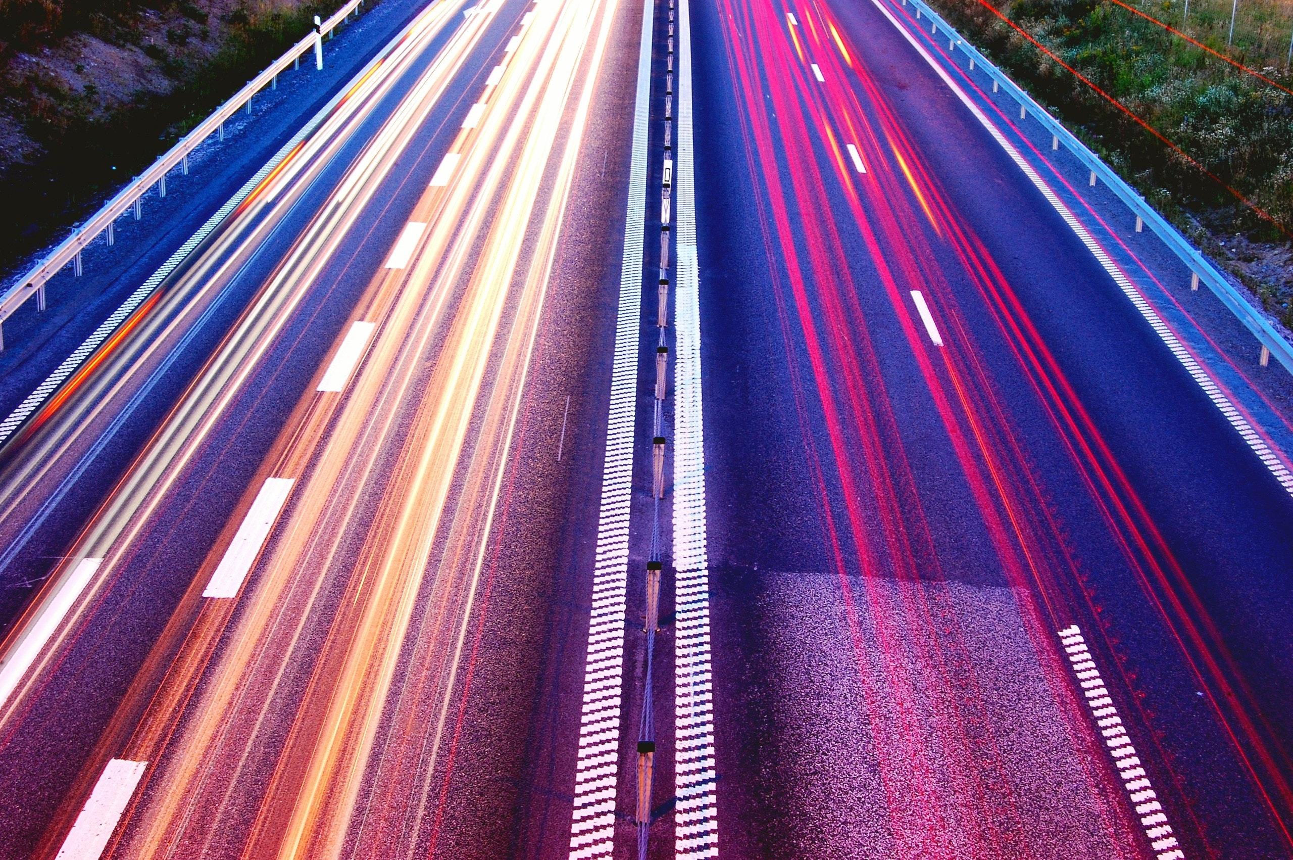 Sensorbasiertes Straßenzustandsmonitoring mittels KI