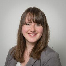 Portrait Mitarbeiterin Kristin Stoffel