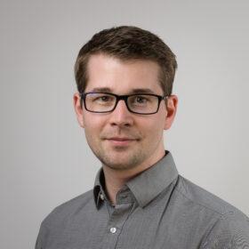 Portrait Mitarbeiter Tobias Greff